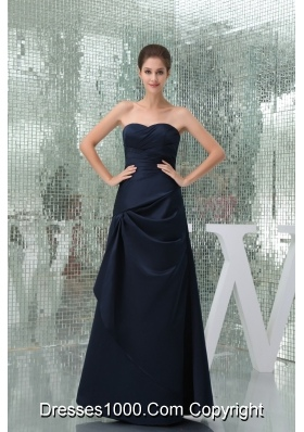 Sweetheart A-line Ruched Floor-length Prom Dress in Navy Blue