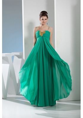 Elegant Spaghetti straps layers chiffon Prom Gown with Beaded appliques