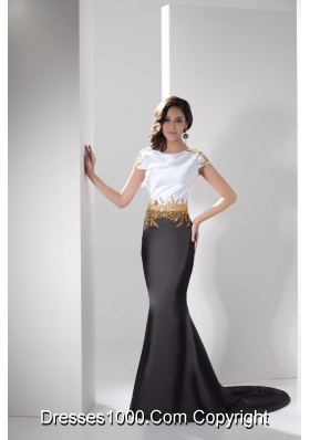White and Black Cap Sleeves Trumpet Prom Gown with Gold Beadings