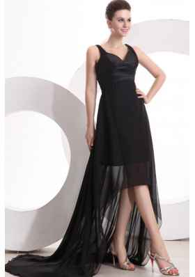 Black V-neck High-low Ruched Prom Maxi Dress with Sweep Train