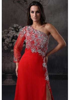 Asymmetrical Neckline Red Slit Brush Train Prom Gown Dresses