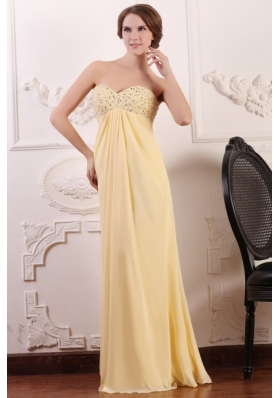 Light Yellow Empire Chiffon Prom Dress with Beaded Bust for Girls