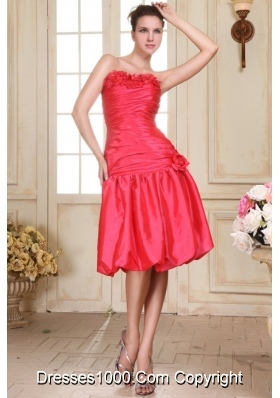 Ruche and Handle Flowers Knee-length Taffeta Prom Dama Gown