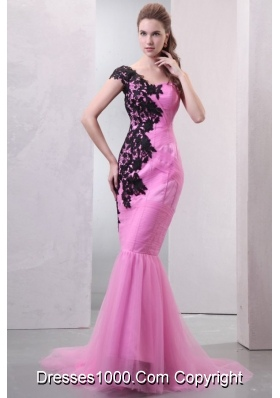 Rose Pink Mermaid Brush Train Dresses for Prom with Black Appliques