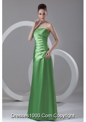 Column Strapless Spring Green Ruching Floor-length Dress for Prom