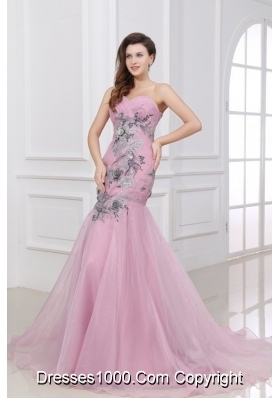 Sweetheart Ruched Prom Celebrity Dress with Appliques and Train