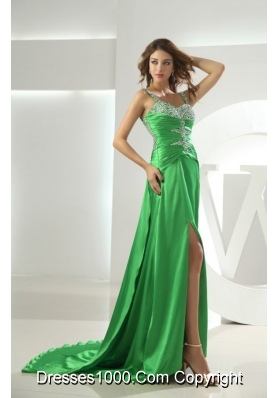Groovy Spring Green Beading Decorate Prom Dress with Brush Train