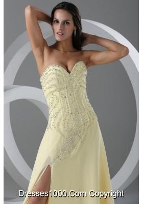 Pretty Light Yellow Sweetheart Beading Decorated Bodice Prom Dress