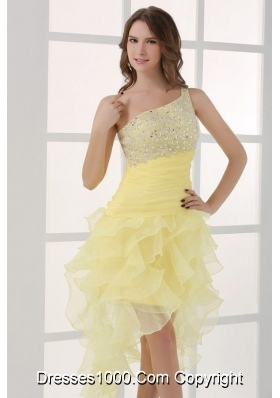 Asymmetrical Hem Light Yellow Prom Dress with One Shoulder Strap