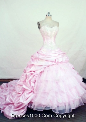 2013 Gorgeous Ball Gown Sweetheart Chapel Train Taffeta Quinceanera Dresses
