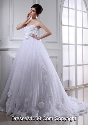 Ball Gown Strapless Appliques and Sequins Wedding Dress in White