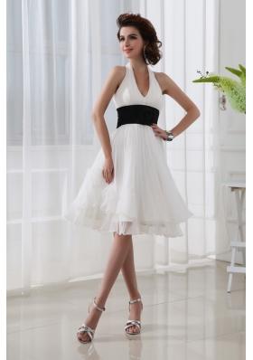 A-line Chiffon White Haltor Top Knee-length  Hand Made Flower Prom Dress