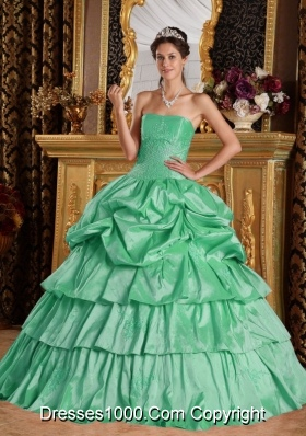 Romantic Apple Green Ball Gown Strapless with Beading and Pick-ups Quinceanera Dress
