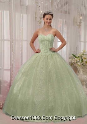 Apple Green Quinceanera Dress Sweetheart Ball Gown with Beading