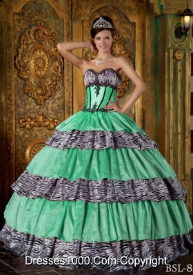 Luxurious Ball Gown Sweetheart with Ruffles and Appliques Quinceanera Dress