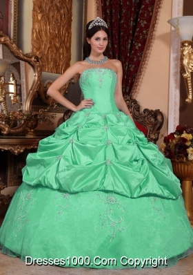 Quinceanera Dress in Apple Green Strapless Ball Gown with Beading