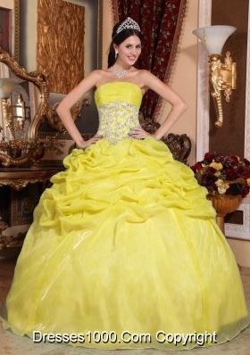 Organza Strapless Pick-ups and Appliques Quinceanera Gowns