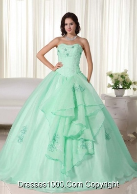 Apple Green Ball Gown Strapless Quinceanera Dress with  Organza Embroidery