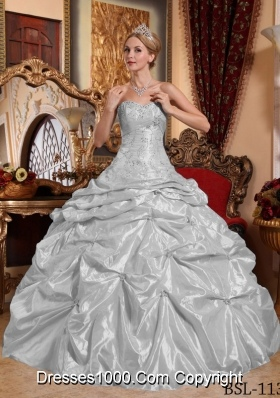 2014 Grey Puffy Sweetheart Embroidery and Beading Quinceanera Dress with Pick-ups