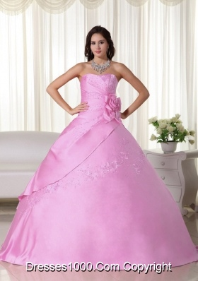 Pink Puffy Strapless Beading Quinceanera Dresses with Hand Made Flower