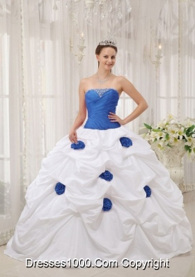 Strapless Taffeta Hand Made Flower Blue and White Quinceneara Dresses with Beading