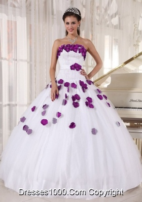 Beading and Hand Made Flowers White Dresses For Quinceaneras