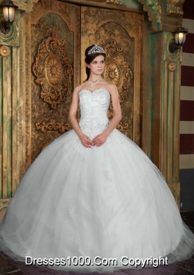 Sweetheart White Puffy Quincenera Dresses with Appliques