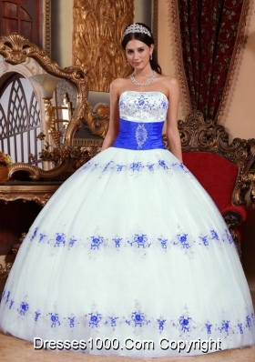 White and Blue Ball Gown Strapless Appliques Quinceanera Gowns