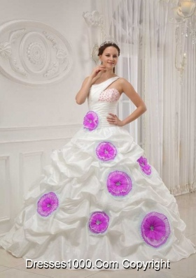 White One Shoulder Beading and Hand Made Flowers Dresses For a Quinceanera