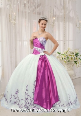 White Puffy Sweetheart Sweet 16 Dresses with Embroidery