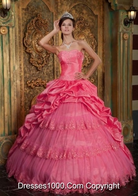 Ball Gown Sweetheart Lace Appliques Quinceanera Gowns with Pick-ups