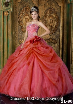2014 Red Puffy Strapless Beading Quinceanera Dress with Hand Made Flowers
