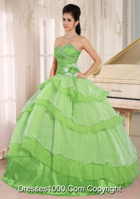Sweetheart Lemon Green Quinceanera Gowns with Layeres and Beading