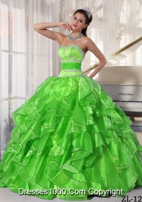 Pretty Sweetheart Puffy Appliques Spring Green Quinceanera Gowns with Ruffles