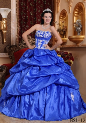 2014 Quinceanera Dress in Blue Puffy Strapless Appliques