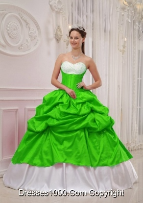 Pretty Spring Green Sweetheart Beading and Pick-ups Quinceanera Dresses
