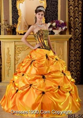 Orange Strapless Taffeta Sweet 16 Dresses with Black Appliques