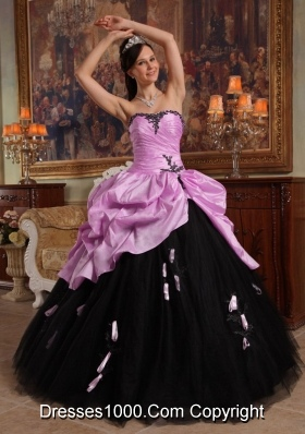 Sweetheart Rose Pink and Black Quinceanera Dresses with Appliques and Pick-ups