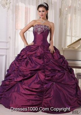 2014 Low price Dark Purple Strapless Embroidery Quinceanera Dresses with Beading