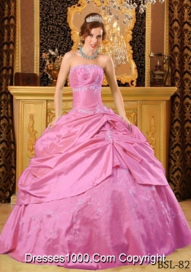 Rose Pink Strapless Taffeta Sweet Sixteen Dresses with Appliques