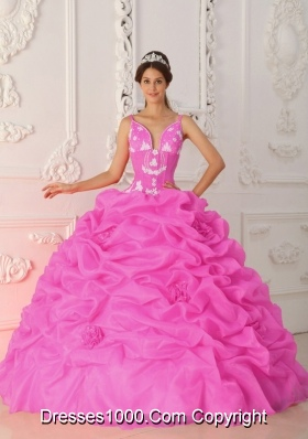 New Style Straps Organza Appliques and Pick-ups Dresses For a Quinceanera