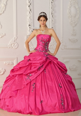 Coral Red Ball Gown Strapless Quinceanera Dress with Taffeta Appliques