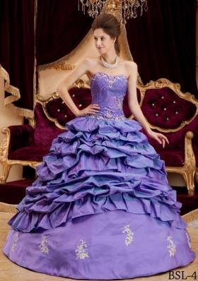 Purple Princess Sweetheart Appliques Quinceneara Dresses with Pick-ups