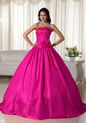 Coral Red Ball Gown Strapless Quinceanera Dress with Ruched