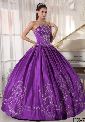 Discount Puffy Strapless Sweet Sixteen Dresses with Embroidery