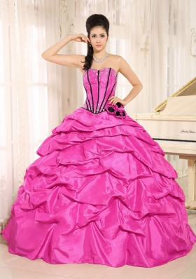 Hot Pink Sweetheart Pretty Quinceanera Dresses With Beading