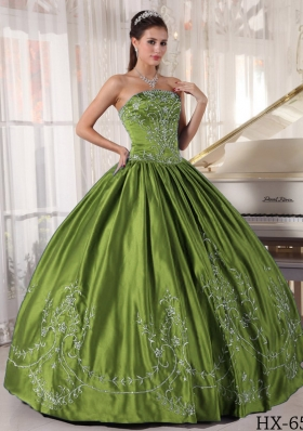 Olive Green Strapless Sweet Sixteen Dresses with Embroidery