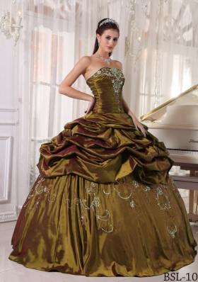 Olive Green Strapless Sweet Sixteen Dresses with Embroidery and Beading
