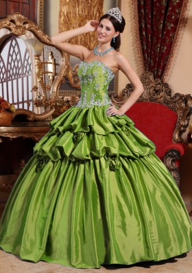 Sweetheart Olive Green Quincianera Dresses with Appliques and Pick-ups