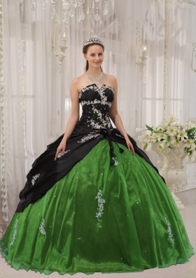 Ball Gown Strapless for 2014 Green and Black Apppliques Quinceanera Dress